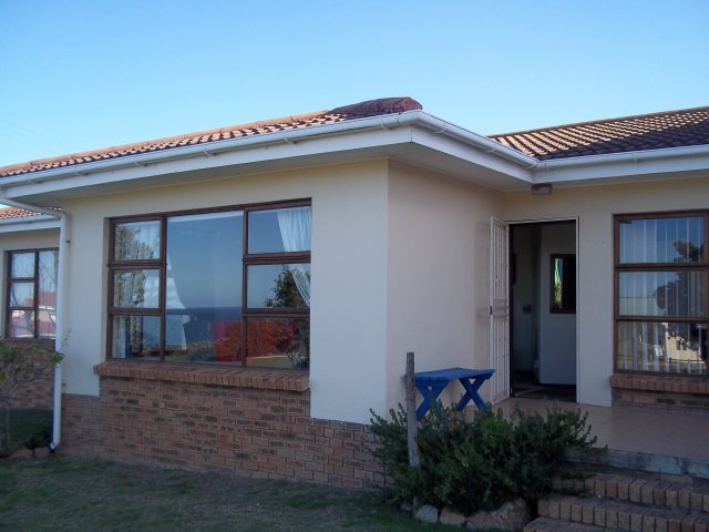 Property Rentals & Holiday Accommodation - Holiday Accommodation in Reebok, Reebok, Garden Route, South Africa