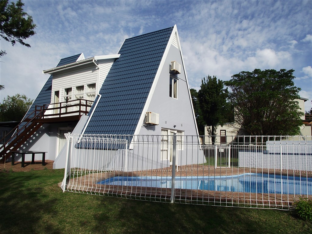 Property Rentals & Holiday Accommodation - Holiday Homes in The Island, Sedgefield, Western Cape, South Africa